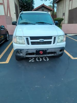 2002 Ford Explorer sports v6 for Sale in Los Angeles, CA