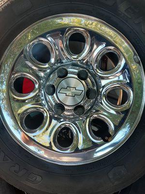 Juego de rrines para trocas Chevrolet Tahoe Suburban llantas muybuenas medida 17 for Sale in Montebello, CA