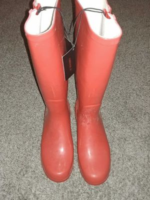 Red rain boots size 10 for Sale in Fresno, CA