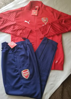 Puma mens 18/19 Arsenal training suit original size Small XL for Sale in Phoenix, AZ