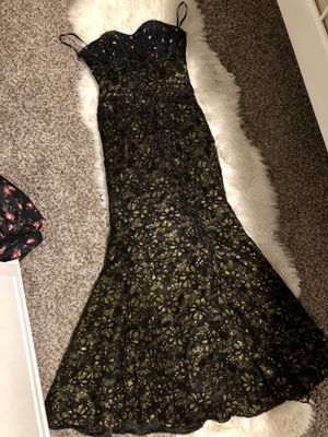 Beautiful black and gold mermaid style prom dress for Sale in Orem, UT