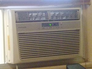 Fridgidaire Window AC for Sale in Washington, DC