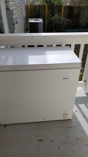 Haier 7.1 cu ft freezer for Sale in Tupelo, MS