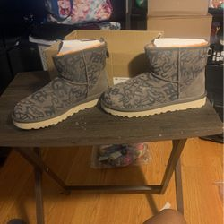 Graffiti Women's Ugg Boots for Sale in Stonecrest,  GA