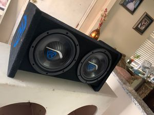 Rockeville 8inch subs with ported box for Sale in Sacramento, CA