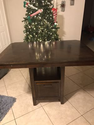 Dinner Table w Chairs for Sale in Apache Junction, AZ