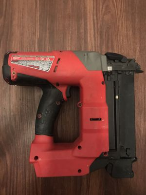 Milwaukee m18 fuel 18ga brad nailer for Sale in Irving, TX