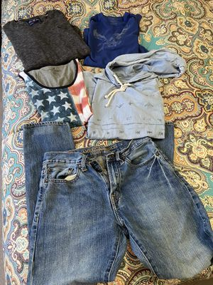 Box of men's/boys American Eagle clothing size small for Sale in Pittsburgh, PA