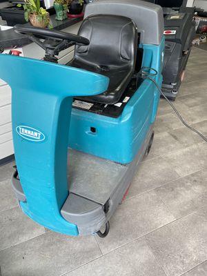 T7 Tennant Rider Floor scrubber super offer !! for Sale in Riverside, NJ