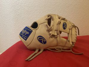 "Rawlings Heart of the Hide WingTip 11.75"" Baseball Glove for Sale in Turlock, CA"