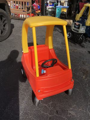 Little Tikes Cozy Coupe for Sale in Itasca, IL