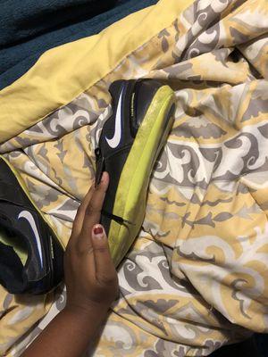 Nike track shoe for Sale in Bakersfield, CA