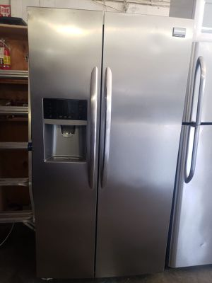 Frigidaire Refrigerator Fridge Side by Side Stainless Steel #800 for Sale in Ontario, CA
