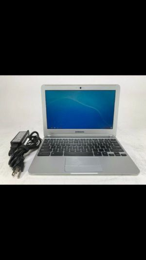 Samsung Chromebook (Wi-Fi, 11.6-Inch) - Silver for Sale in New York, NY