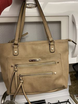 Nicole Miller tan purse - a few different zipper areas for Sale in Rancho Cucamonga, CA