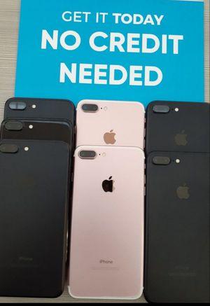 Apple iphone 7+ 128gb unlocked for Sale in Everett, WA