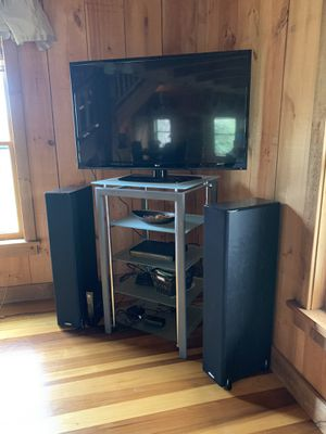 TV stand/speakers for Sale in Franklin, TN