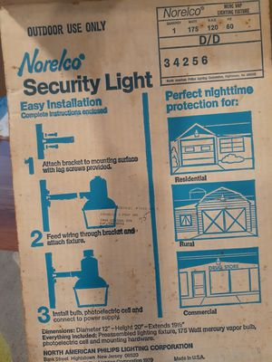 Vintage Norelco Security light Auto ON/OFF for Sale in Silver Spring, MD