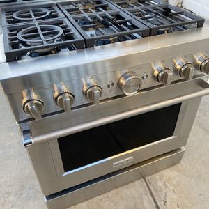 KitchenAid - Commercial-Style 5.1 Cu. Ft. Slide-In Gas True Convection Range with Self-Cleaning - Stainless steel for Sale in Hesperia, CA