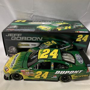 Jeff Gordon Nicorette DuPont 2008 Nascar Diecast 1/24 for Sale in Damascus, MD
