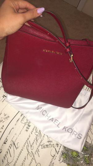 479e8b26422d Michael Kors crossbody bag for Sale in Dearborn
