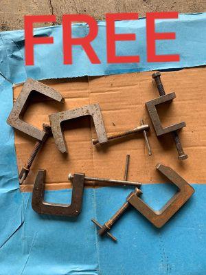 FREE - Clamps for Sale in Auburn, WA