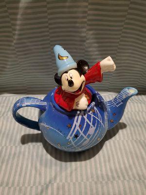 Disney showcase collection yr 2000 sorcerer mickey for Sale in Sugar Hill, GA