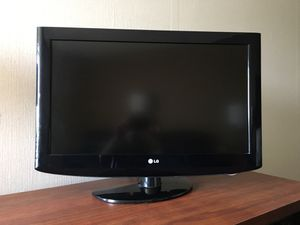 32 inch commercial flat screen TV's. $45 each for Sale in Charlotte, MI