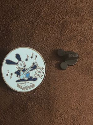 Disney Magical Mystery Pins Series 11 (OSWALD THE LUCKY RABBIT) for Sale in Davenport, FL
