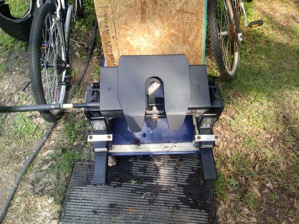 Husky easy roller 16 ks 5th wheel hitch