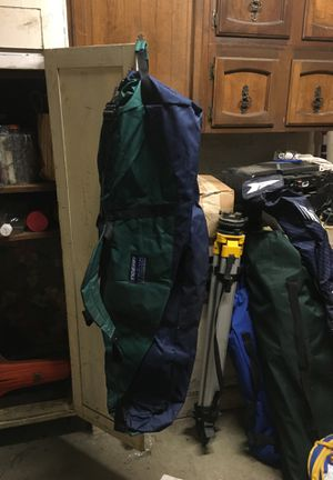 4' duffle bag for Sale in Portland, OR