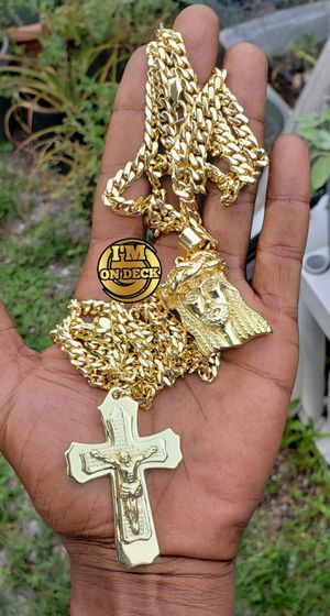 For both 👑👑👑14k Gold Plated chain 🔥🔥🔥I Deliver🚘🚘🚘💱💱💱💯💯 for Sale in Miami, FL
