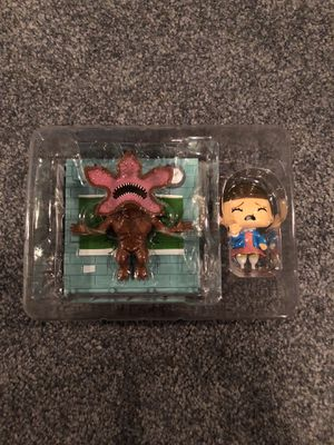 Stranger things eleven vs demogorgon toy collectible for Sale in Downingtown, PA