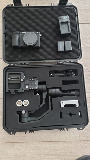 Sony alpha a6500 and zhinyu stabilizer V3 for Sale in Alexandria, VA