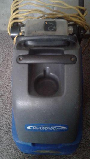 Carpet cleaner for Sale in Willowbrook, KS