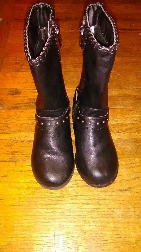 Mk Boots girls 9