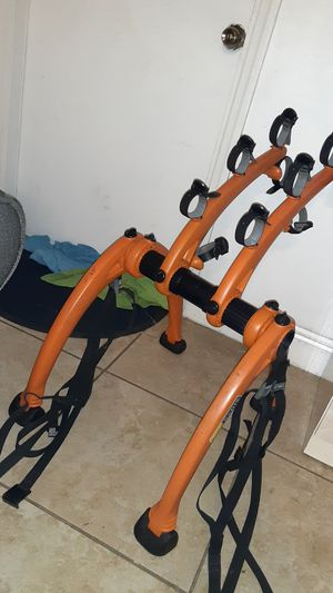Saris Rack 2 Bicycle capacity for Car Trunks for Sale in Miami, FL