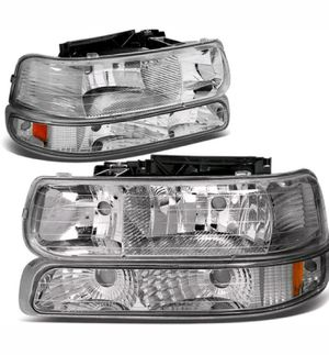 Head lights chevy silverado 99 to 02 for Sale in Los Angeles, CA