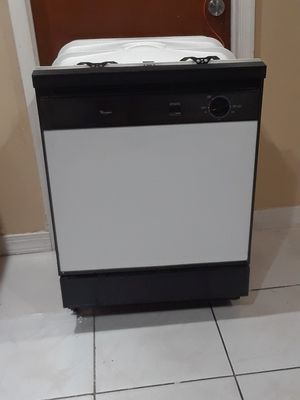 whirlpool dishwasher for Sale in Pompano Beach, FL