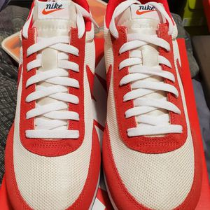 NEW NIKE Red/Off White Tailwind 79 for Sale in Los Angeles, CA