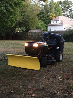Riding lawn mower with plow and baggers for Sale in Warwick, RI
