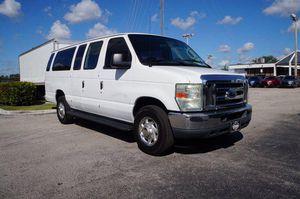 2008 Ford 15 Passenger Van for Sale in Miami, FL