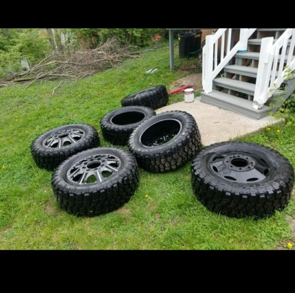 Tires And Rims 35×12.50R20LT For Sale In Kansas City, MO