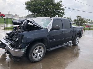 2007 GMC SIERRA FOR PARTS. PARTS ONLY for Sale in Dallas, TX