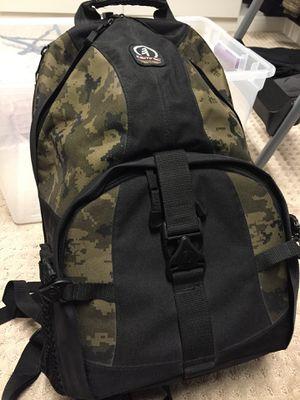 Tamrac 5549 Adventure 9 Photo/Laptop Backpack for Sale in Hayward, CA