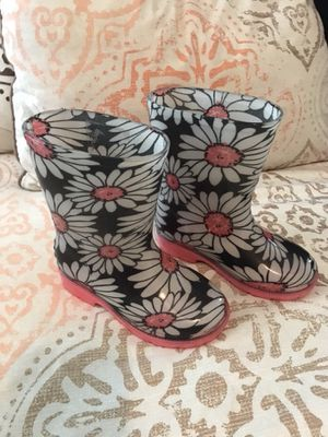 Toddler girl rain boots for Sale in Houston, TX