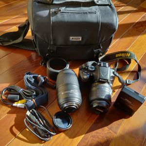 Nikon DSLR camera and accessories for Sale in Dunellen, NJ