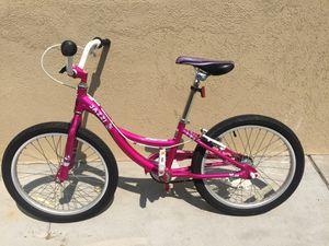 Girls 20 in bike for Sale in Denver, CO