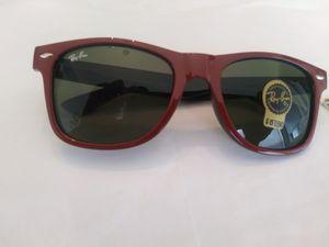 Ray Ban Wayfarer Sunglasses New for Sale in Blackwood, NJ