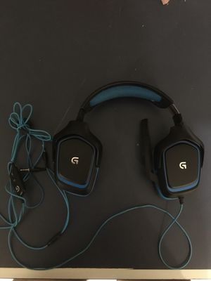 These headphones are great for gaming good quality mic for Sale in Kennesaw, GA